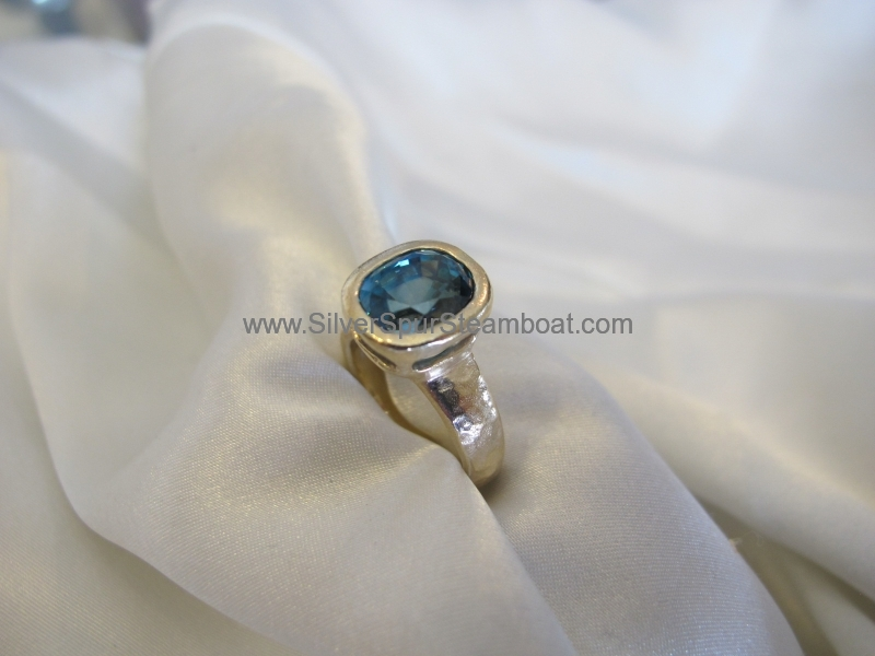 14k Zircon Mother's ring
