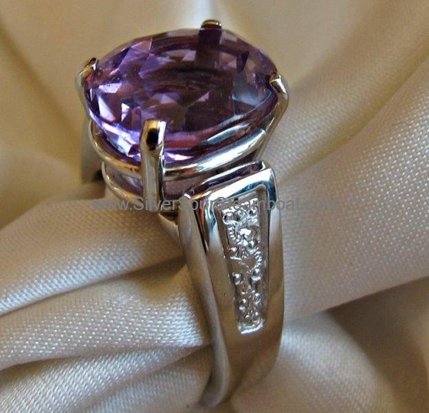 Amythyst 14k white ring