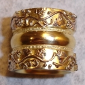 18K yellow wine vine wide wedding band