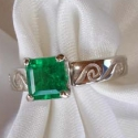 14K whiteEmerald wave ring
