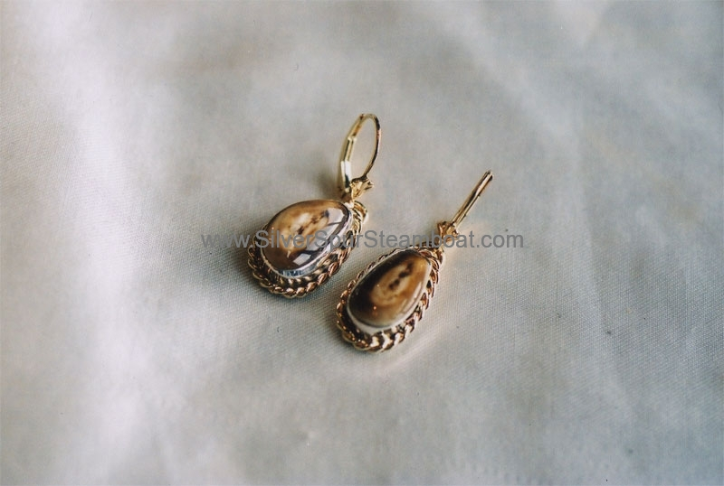 14k Gold Elk Ivory earrings with Twisted wire trim