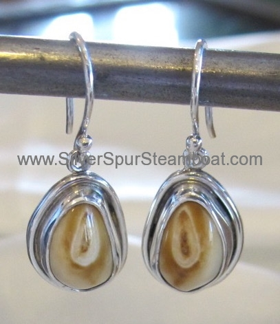 SSelk Ivory earrings w/smooth wire trimwires