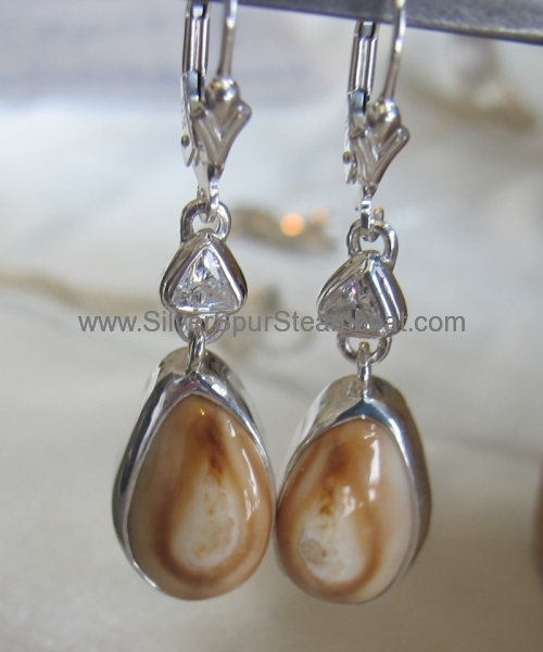 Trillion Diamond Elk Ivory earrings